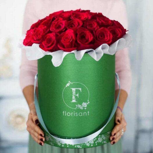 5 1 526x526 - Букет из красных роз №1-008
