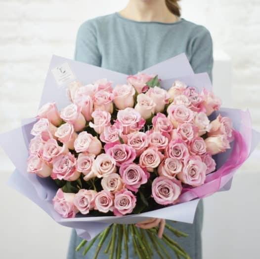 E6F50FB0 2B6F 4C51 A2E5 D4AD7FB6076F 526x525 - Монобукет из нежных розовых роз