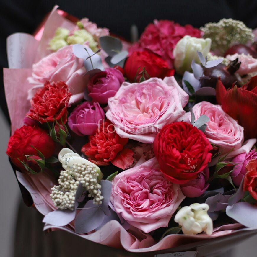 0D0253EE 53AE 416E BE23 72B37A887CB2 870x871 - Букет с пионовидными розами и амариллисом N21-020