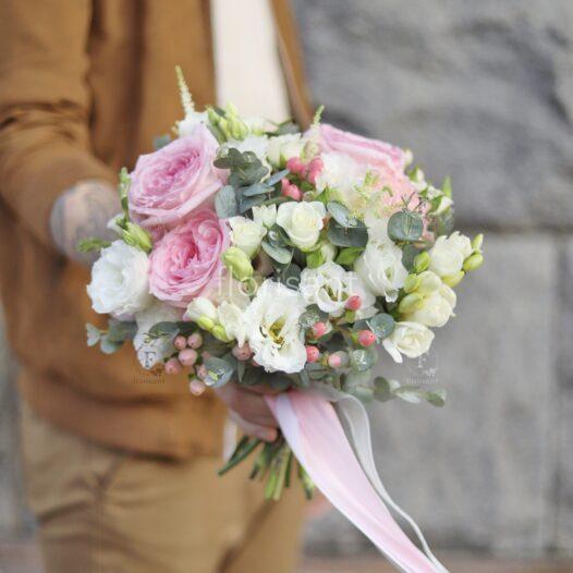IMG 0426 01 526x526 - Букет невесты. Заказ букета невесты