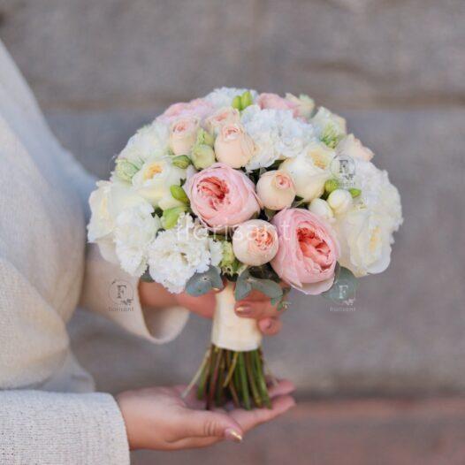 LRM EXPORT 18845429847441 20190824 185216994 526x526 - Букет невесты N wed-2040
