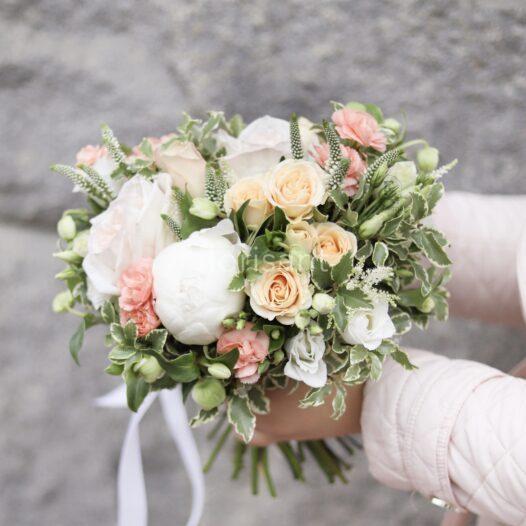 LRM EXPORT 78726424391785 20190807 193145707 526x526 - Букет невесты. Заказ букета невесты